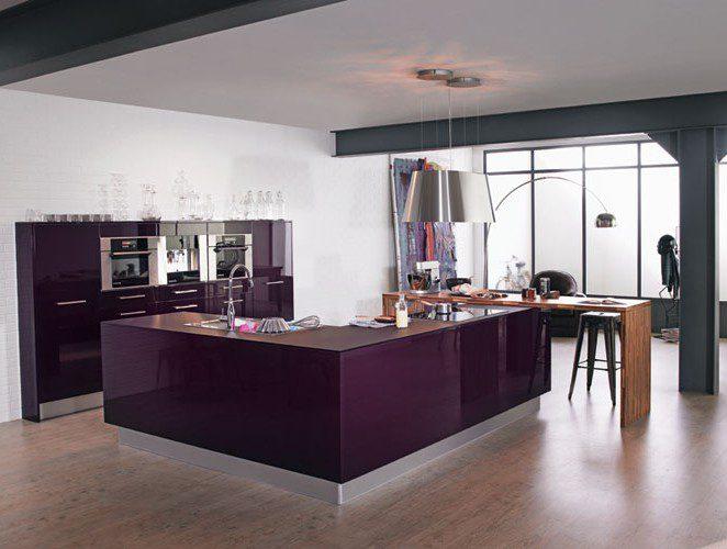 Cuisine moderne violette avec lot mod le rive droite - Cuisine en l avec ilot ...