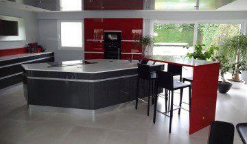 Cuisines en acrylique mod les et r alisations - Tres belle cuisine equipee ...