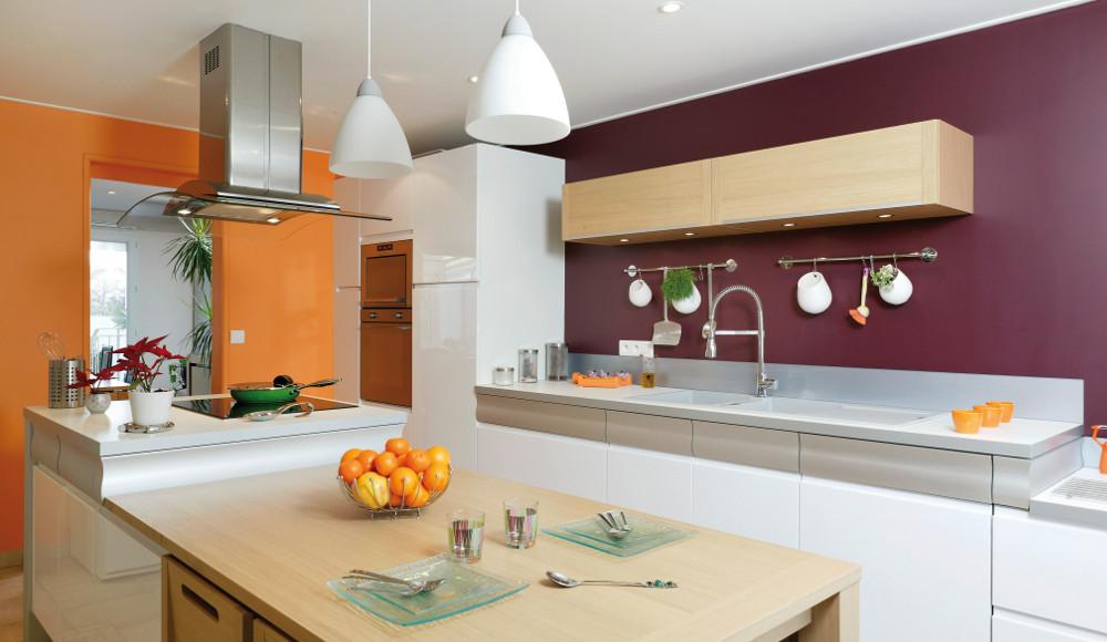 Chambre Bebe Woodwork : Cuisine design colorée avec îlot