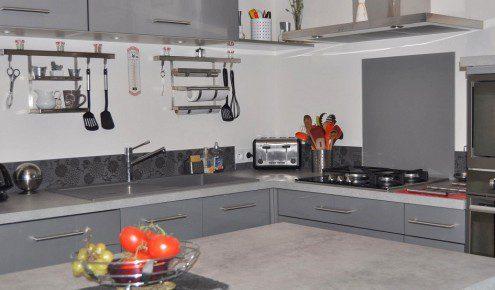 cuisine am nag e r alisations biganos. Black Bedroom Furniture Sets. Home Design Ideas