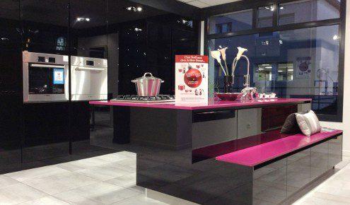 cuisine moderne noire rose golbey