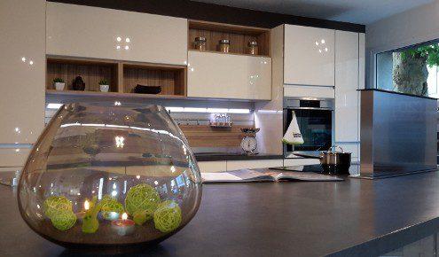magasin de cuisines aix en provence photos. Black Bedroom Furniture Sets. Home Design Ideas