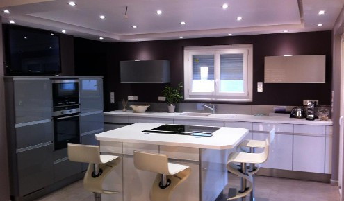 Cuisine am nag e r alisations cannes for Cuisine 12m2 ilot central