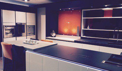 toulouse portet sur garonne cuisine ixina toulouse portet portet sur garonne ixina with cuisine. Black Bedroom Furniture Sets. Home Design Ideas