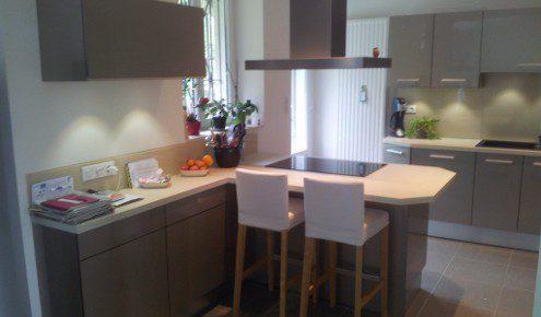 cuisine moderne avec ilot mulhouse-wittenheim