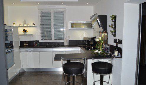 cuisine en laque et aluminium avignon