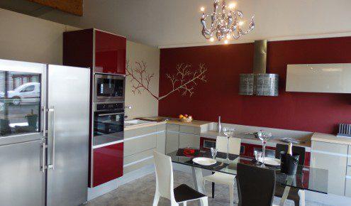 cuisine design rouge yssingeaux