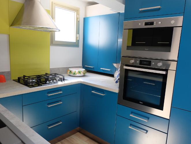 Cuisine vintage en u pour petit espace mod le harmonie - Petite cuisine equipee ...