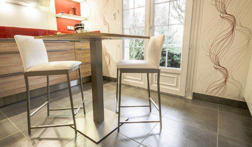 table-chaises-cuisine-chambray-les-tours