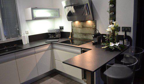 cuisine am nag e r alisations montpellier. Black Bedroom Furniture Sets. Home Design Ideas