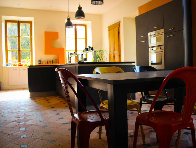 cuisine design noire laval