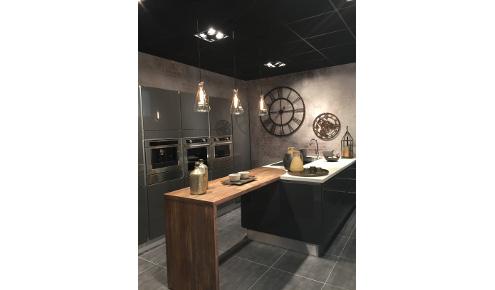 cuisine-moderne-noire-paris-11