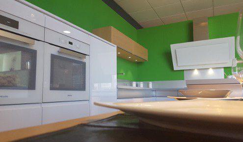 cuisine-mur-vert-montargis