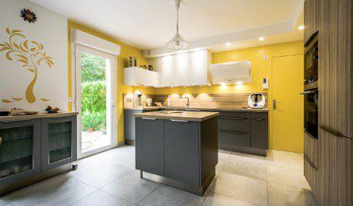 cuisine-jaune-ilot-tours