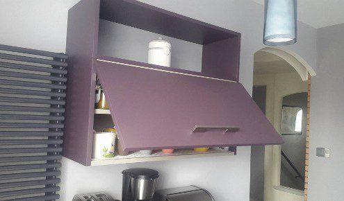 meuble cuisine violet peinture de cuisine meuble cuisine couleur cuisine la with meuble cuisine. Black Bedroom Furniture Sets. Home Design Ideas