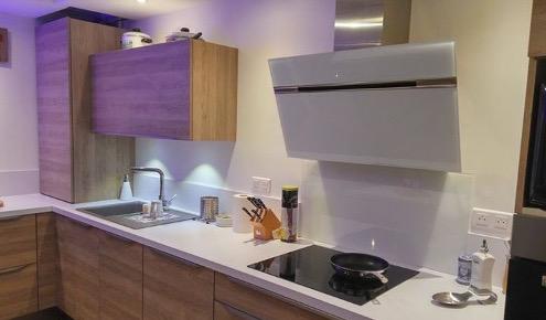 plan de travail violet top meuble de cuisine bas conforama conforama meuble de cuisine meuble. Black Bedroom Furniture Sets. Home Design Ideas