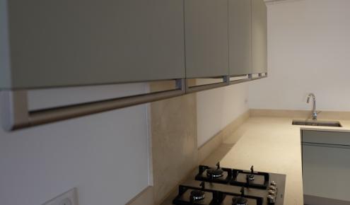 cuisine am nag e r alisations antibes. Black Bedroom Furniture Sets. Home Design Ideas