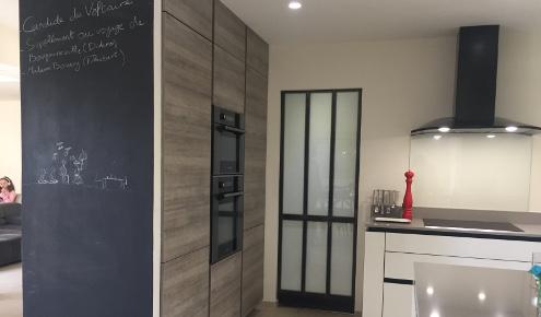 cuisine-equipee-design-meubles-hauts-antibes