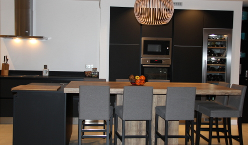 cuisine-sur-mesure-fonctionnelle-table-centre-rennes