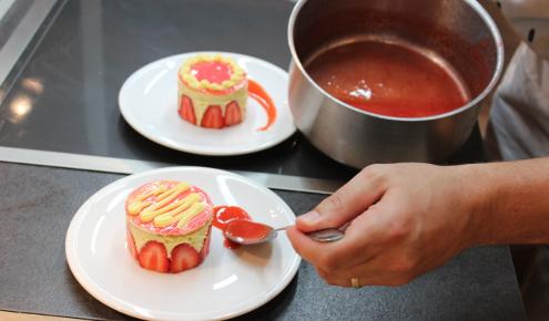 cours-cuisine-parts-fraisier-brest