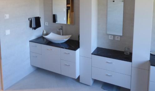 salle-de-bains-amenagee-double-vasque-yssingeaux