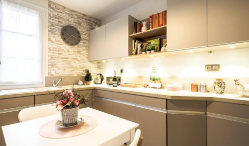 cuisine am nag e r alisations tours chambray l s tours. Black Bedroom Furniture Sets. Home Design Ideas