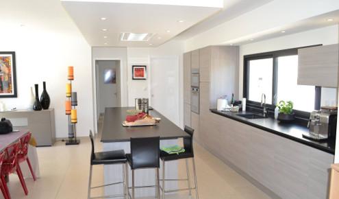 magasin cuisine avignon dco cuisine schmidt prix avignon adulte meubles cuisines catalogue. Black Bedroom Furniture Sets. Home Design Ideas