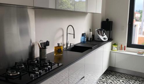 cuisine am nag e r alisations nantes saint herblain. Black Bedroom Furniture Sets. Home Design Ideas