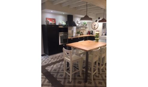 cuisine-sur-mesure-chaises-laval