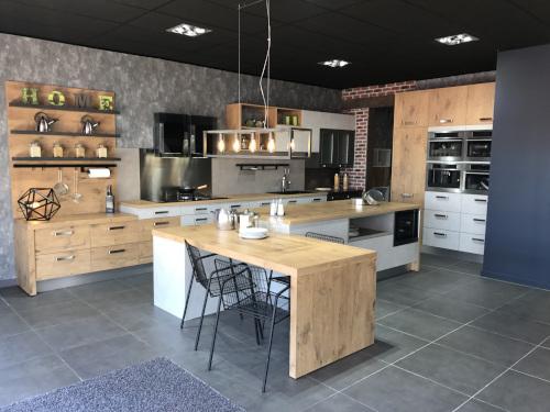 cuisine-loft-nouveau-concept-magasin-nimes