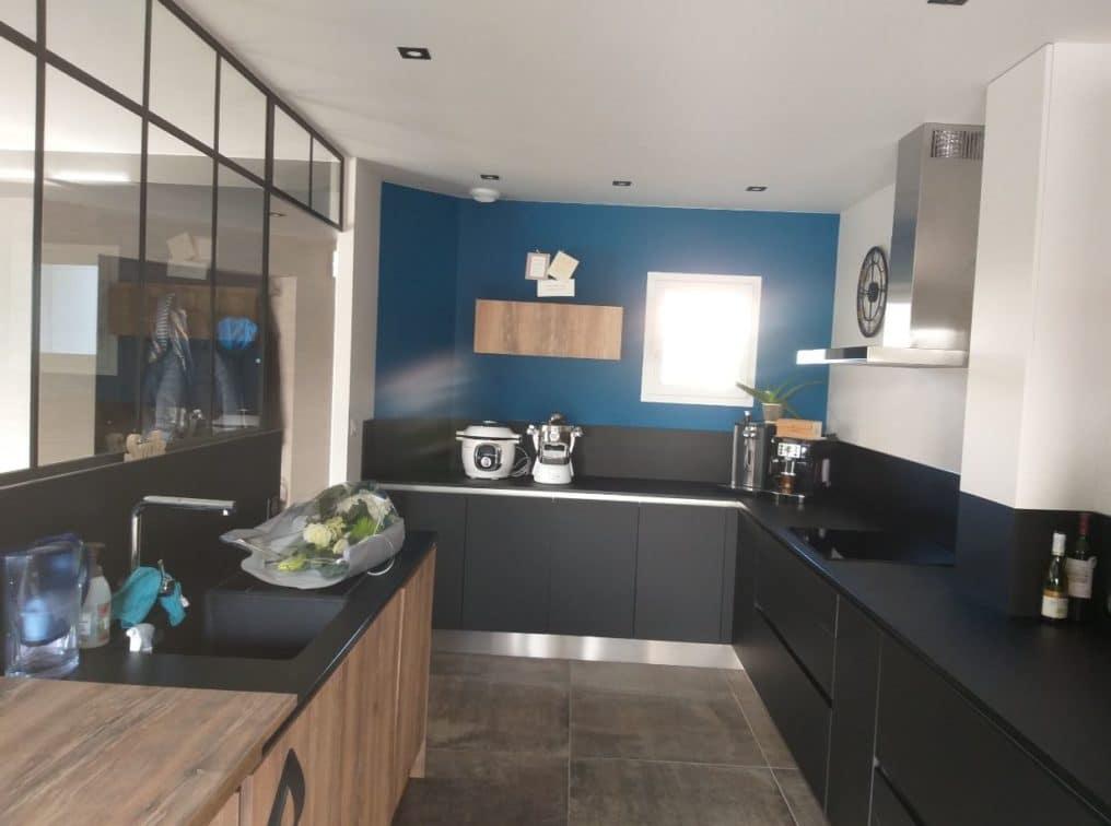 cuisine-verriere-bleue